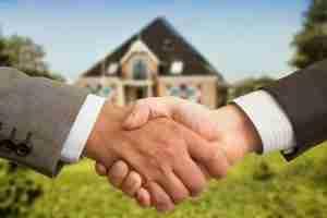 Handshaking for House