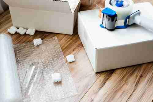 packing and moving supplies - Smart Tips for Moving Around the Holidays